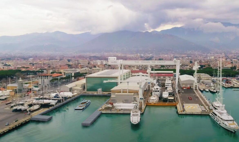 Nuovo bacino di carenaggio a Marina di Carrara